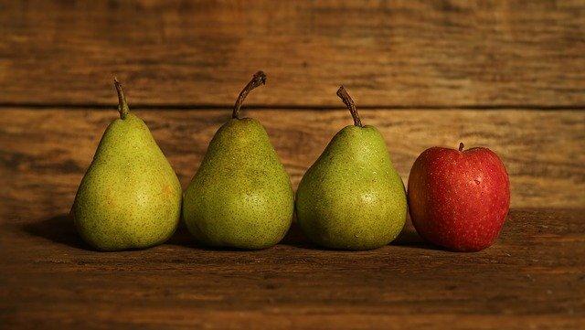 梨とリンゴ