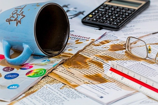 コーヒーをこぼした写真