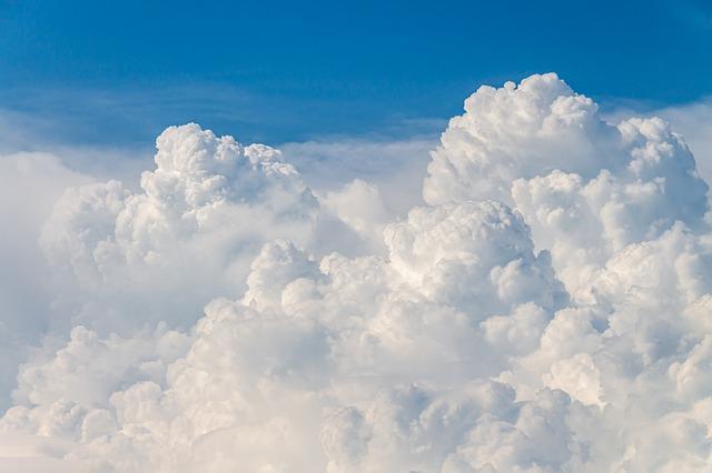 ふわふわな雲